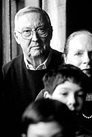 Portrait of grandparents and grandchildren