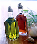 Olive oil, red vinegar