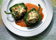 Stuffed pepper with tomato sauce (1)