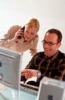 Menschen im Buero   People in Office     not-released
