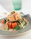 Vegetable salad with tuna in mustard marinade