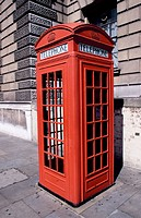 Telephon booth. London. England