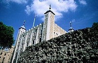 White Tower, nucleus of a series of concentric defenses built between XII and XII centuries, central keep of Tower of London fortress. London. England
