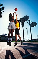 Women's basketball, outdoors