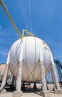 Gas tanks. Repsol-YPF oil refinery. Tarragona province. Spain