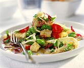 Radish and bean salad with cheese
