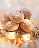 Cinnamon balls (2)