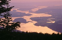 Columbia river reflecting the sunset. View from Larch Mountain. Oregon. USA