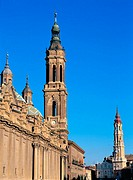 Basílica del Pilar (left) and Catedral de la Seo (right). Zaragoza. Spain