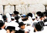 Israel, Jerusalem, crowd at the Wailing Wall