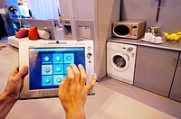 Samsung's home vita domotic system, prepared to control all domestic electronic devices, SIMO TCI, International Computing, Multimedia and Communicati...