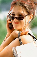 Girl with mobile phone (thumbnail)