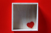 Heart shape in empty box