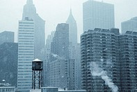 Cityscape of New York in winter (thumbnail)