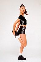 SG F, Freizeit, Hobby, Sport, Gymnastik, Frau macht Dehnungsübung,   aufwärmen fitness bewegung dehnen