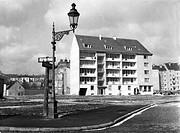 Nachkriegszeit - Wiederaufbau, Neubau in München - Au, am Feuerbächl, 50er Jahre   laterne