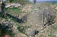 Geo., Türkei, Troja (Hisarlik), Ausgrabungen,  Mauerreste, wahrscheinlich aus der Periode Troja I (3000 - 2500 v.Chr.) oder Troja II (2500 - 2300 v.Ch...