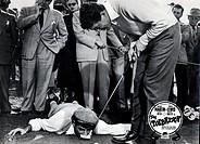 Film, ´Der Tolpatsch´, Regie: Norman Taurog, Filmszene mit Jerry Lewis und Dean Martin,  golf slapstick lustig komik golfschläger golfball