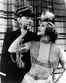 Film ´Casanova wider Willen´  USA 1952 Regie: Claude Binyon Szene mit: Ginger Rogers Clifton Webb Harem Haremsdame mit Zigarette Verführung Schönheits...