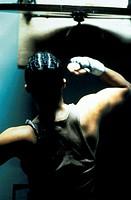 Film, ´Girlfight´, USA 2000,  Regie Karyn Kusama,  Szene mit Michelle Rodriguez,  drama, boxer, übend, üben, training, tranierend, sportler sportlerin...