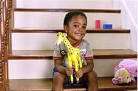 Film, ´Der Kindergarten Daddy´ (Daddy Day Care), USA 2003, Regie Steve Carr, Szene mit Khamani Griffin,  komödie, lächelnd, kleiner junge, schwarzer, ...
