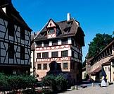 Dürer, Albrecht   21.5.1471 - 6.4.1528,  deut. Maler + Graphiker, seine Wohn - und Arbeitsstätte in Nürnberg, heute das  Albrecht-Dürer-Haus in der Al...