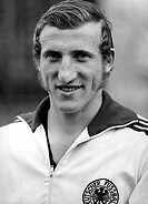 Schwarzenbeck, Georg, deut. Fußballer, Verteidiger i.d. Nationalmanschaft 1971, Porträt  Portrait, Nationalspieler Sport hist Fußball