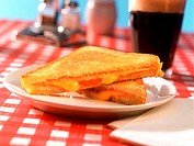 Grilled cheese sandwich, Coca Cola