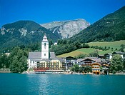 St. Wolfgang village and lake. Salzkammergut region, Austria