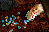 FV6159, Will Datene, Child Looking Up, Puzzle on Carpet