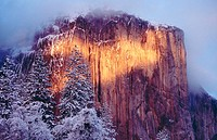 Alpenglow. Yosemite National Park. California. USA