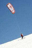 Kite-skiing on Mt. Hood. Oregon, USA