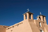 San Francisco de Asís Church built in 1815 by Franciscans. Ranchos de Taos. New Mexico, USA