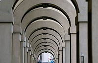 Lungarno Archibusieri, gallery between the Ponte Vecchio and the Uffizi Gallery. Florence. Tuscany, Italy