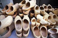 wood exhibition/clogs, donnas, italy
