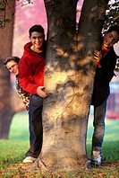 teenagers, park tree