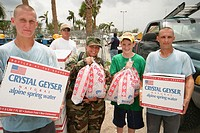 Hurricane Frances damage. Fairgrounds, National Guards and volunteers distribute free ice to victims. Southern Boulevard, West Palm Beach. Palm Beach ...