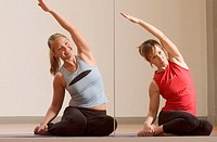 women doing pilates exercise