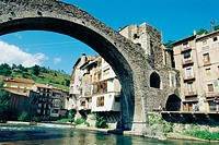 Pont Nou (12th century) and Ter River. Camprodon. Girona province, Spain