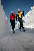 jogging, , mountains, running, snow, snow wall, sports, Alps, Two, women, woman, winter, winter sports