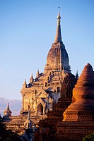 Gawdawpalin temple. Bagan, Myanmar