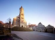 Schwäbisch-Hall, St. Michael/ Blick über den Markt auf den romanischen Westturm