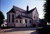 Düsseldorf, Suitbertus-Kirche (Kaiserswerth), Blick von Nordosten