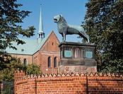 Ratzeburg, Dom/ Braunschweiger Löwe (Kopie)