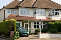 England, london, Surrey, semi-detatched house for sale