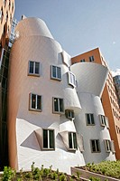 The Strata Center at MIT, by Frank Gehry. Cambridge, Massachusetts. USA.