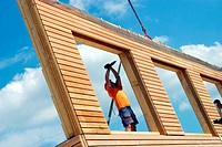 Assembling a prefabricated house