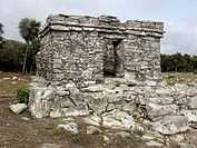 Ruins of Tulum, Pre-Columbian walled city of the Maya civilization (postclassic period 900 - 1200 A.D.). Quintana Roo, Mexico