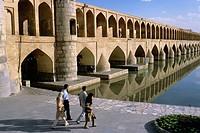Si-o-Seh Pol, bridge of thirty-three arches, Esfahan. Iran