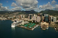 Hawaii, Oahu, Downtown Honolulu and harbor.
